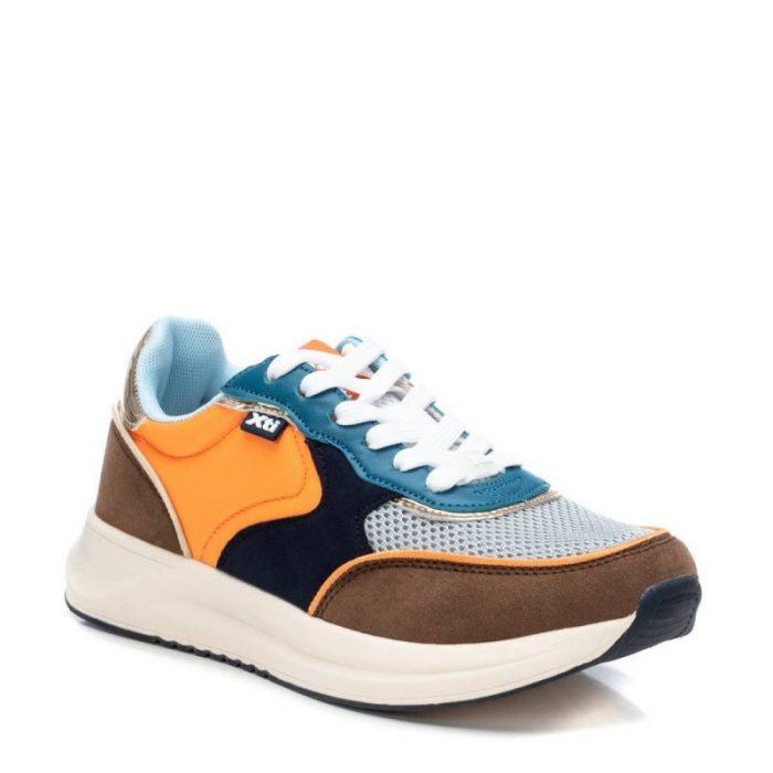 zapatilla sneaker en naranja y azul de Pasodoble en Palencia.