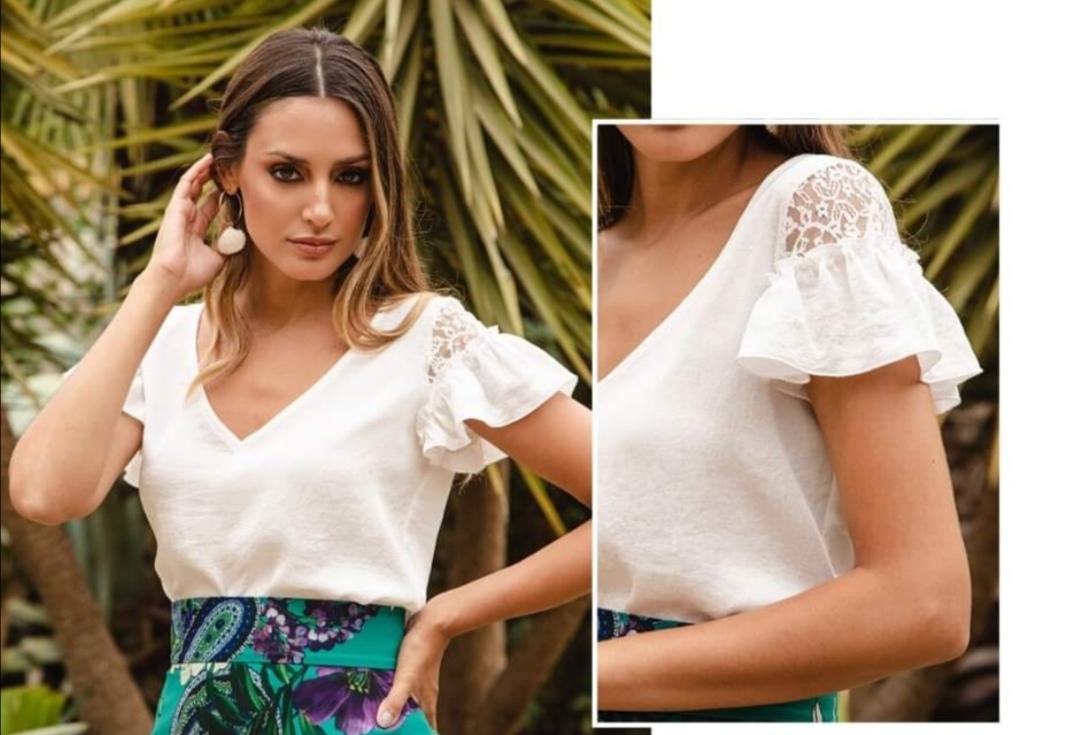 Camisa blanca romántica de Pasodoble en Palencia
