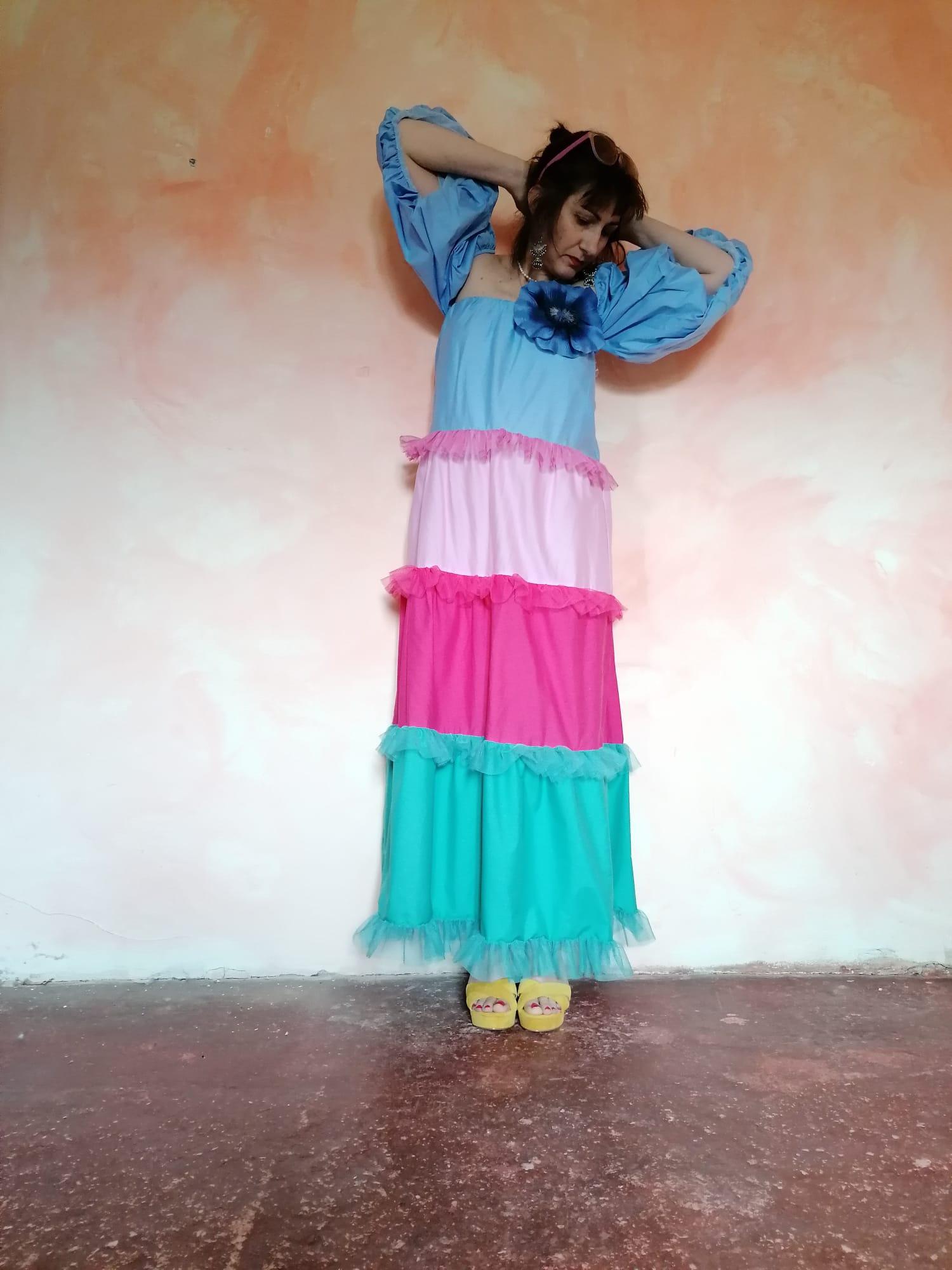 vestido volantes oversize d
